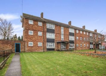 Thumbnail 2 bedroom flat for sale in Duncombe Close, Luton, Bedfordshire, Icknield