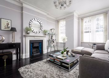 2 bed flat for sale in Challoner Street, London W14