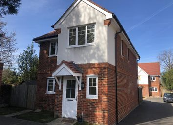 Thumbnail 3 bed detached house to rent in Kerr Gardens, Wokingham