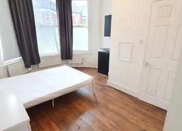 Thumbnail  Studio to rent in Pemberton Road, Manor House
