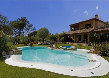 Thumbnail 6 bed town house for sale in Aix-En-Provence, France