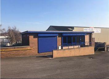 Thumbnail Retail premises to let in Crescent Trading Estate, Dewsbury Road, Leeds
