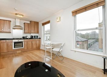 Thumbnail 1 bed flat to rent in St. Paul's Road, Holloway Road, Islington, London