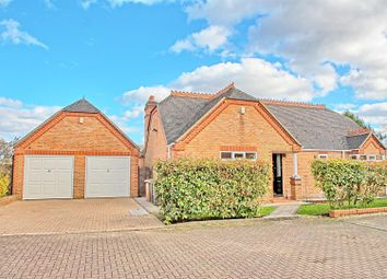 3 bed detached bungalow for sale in Sheares Hoppit, Hunsdon, Ware SG12