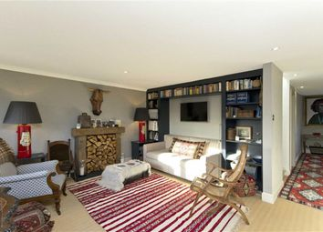 Thumbnail 1 bed flat to rent in Islington Park Mews, London