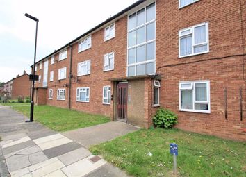 Thumbnail 2 bed flat for sale in Evesham Close, Greenford, Middlesex