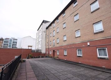 2 bed flat to rent in Crow Road, Glasgow G11