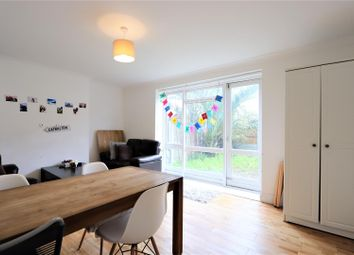 3 bed maisonette to rent in Cable Street, London E1