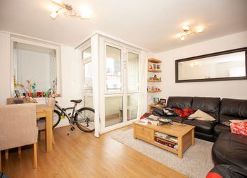 1 bed flat to rent in Manningford Close, London EC1V