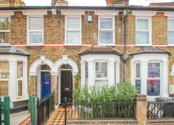2 bed property for sale in Wildfell Road, London SE6