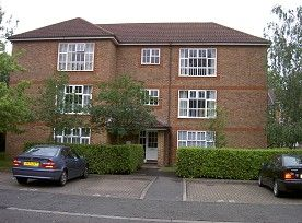 Thumbnail 2 bedroom flat to rent in Irvine Place, Virginia Water