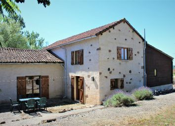Thumbnail 3 bed property for sale in Poitou-Charentes, Vienne, Le Vigeant