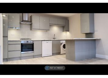 2 bed maisonette to rent in Sinclair Gardens, London W14