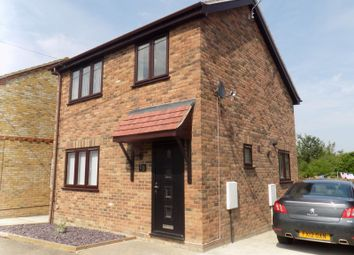 2 bed detached house to rent in Western Avenue, Minster On Sea, Sheerness ME12