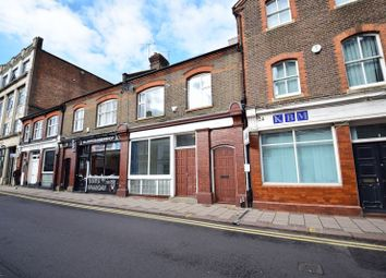 Thumbnail 2 bed flat for sale in Guildford Street, Luton