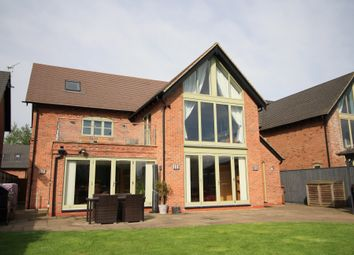 Thumbnail 5 bed detached house for sale in Mill Pond Close, Hilton, Derby