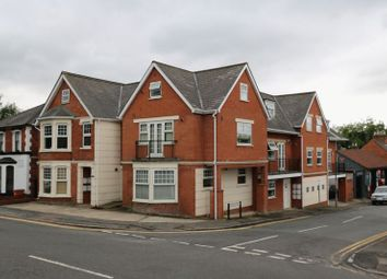Thumbnail 2 bed flat for sale in Victoria Street, High Wycombe