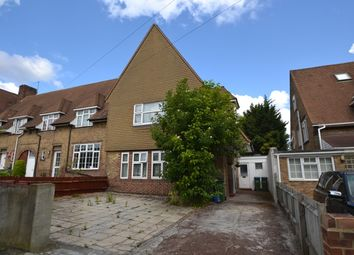 Thumbnail 4 bed property to rent in Westhorne Avenue, London