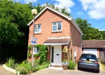 Thumbnail 3 bed detached house for sale in Constable Close, Neath Hill, Milton Keynes