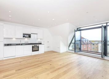 Thumbnail 2 bedroom flat to rent in 120 Bridge Road, Chertsey