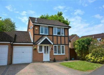 Thumbnail 3 bed link-detached house to rent in Waverley Way, Wokingham