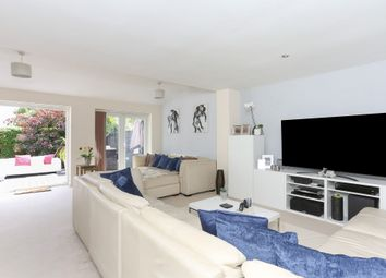 Dovecote Close, Solihull B91. 4 bed detached house