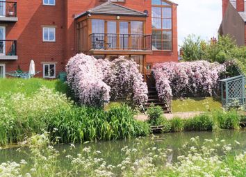 Thumbnail 3 bed flat for sale in Riverside Lawns, Peel Street, Lincoln