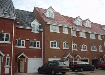 Thumbnail 4 bed town house to rent in Albany Road, Norwich