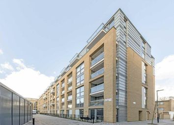 Thumbnail 1 bed flat for sale in Islington, London