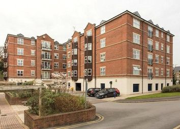 Thumbnail 2 bed flat to rent in Carisbrooke Road, Leeds, West Yorkshire