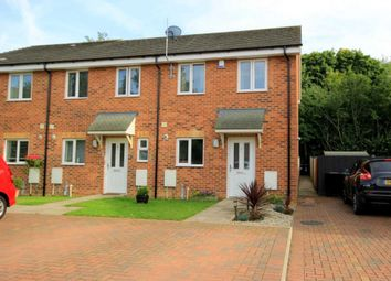Thumbnail 2 bed detached house for sale in The Ridings, Hemel Hempstead