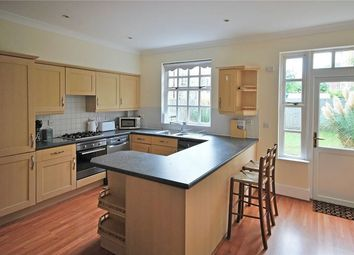 Thumbnail 5 bed terraced house to rent in Queensbridge Road, Dalston, London