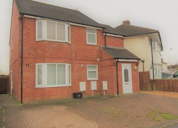 Thumbnail 1 bedroom maisonette for sale in Turners Road South, Luton