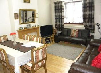 Thumbnail 4 bedroom flat to rent in Green Lanes, London