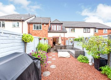 Finch Close, Tadley, Hampshire RG26. 3 bed terraced house