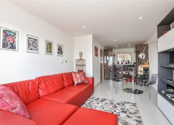 Thumbnail 1 bed flat to rent in Freda Street, London