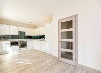 Thumbnail 3 bed flat to rent in Ossulton Way, Hampstead Garden Suburb