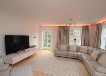 Thumbnail 5 bedroom flat to rent in Albany Gardens, Colchester, Essex