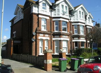 Thumbnail 2 bed flat to rent in Millfield, Folkestone