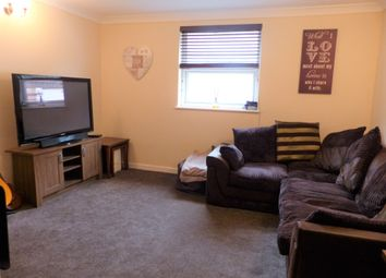 Thumbnail 1 bed flat to rent in Hilldrop Terrace, Market Street, Torquay