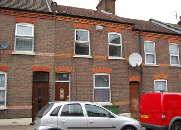 Thumbnail 5 bed terraced house to rent in Strathmore Avenue, Luton