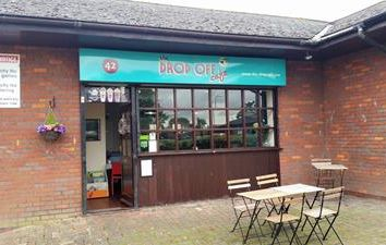 Thumbnail Retail premises to let in Unit 5, 42, Wordsworth Avenue, Newport Pagnell, Buckinghamshire