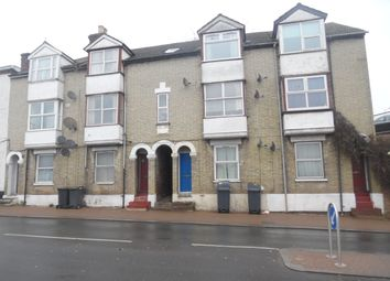 Thumbnail 1 bed flat to rent in West Wycombe Rd, High Wycombe