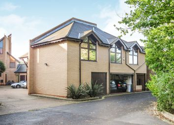 Thumbnail 4 bed property for sale in Bath Lane, Fareham