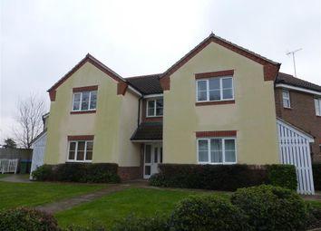 Thumbnail 2 bed flat to rent in Deer Way, Horsham