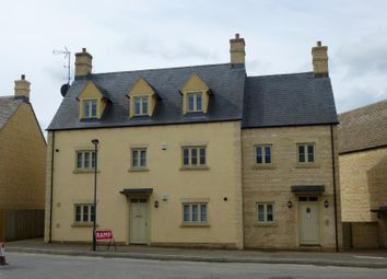 Thumbnail 2 bedroom flat to rent in Middle Mead, Cirencester