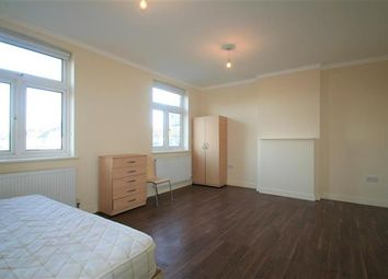 Thumbnail 3 bed flat to rent in Princess Parade, Golders Green Road NW11, Golders Green