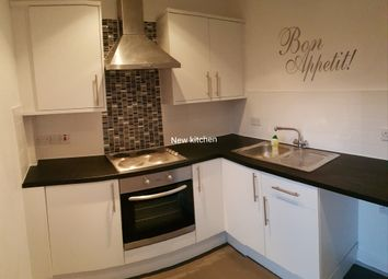 Thumbnail 2 bed flat to rent in High Street, Rothwell, Rothwell