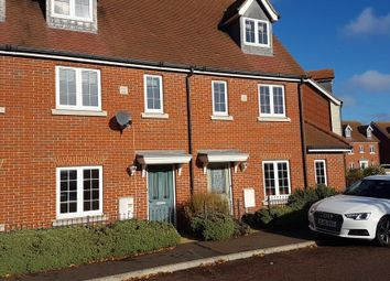 Thumbnail 3 bed flat to rent in Woden Avenue, Colchester