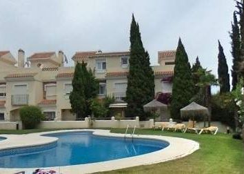 Thumbnail 4 bed villa for sale in Calahonda, Malaga, Spain